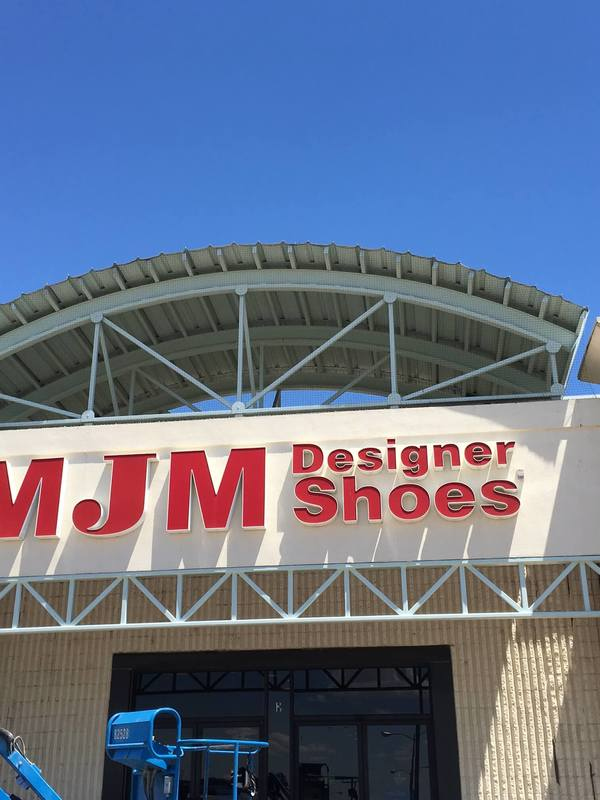 Pigeon proofing netting at MJM Designer Shoes commercial building